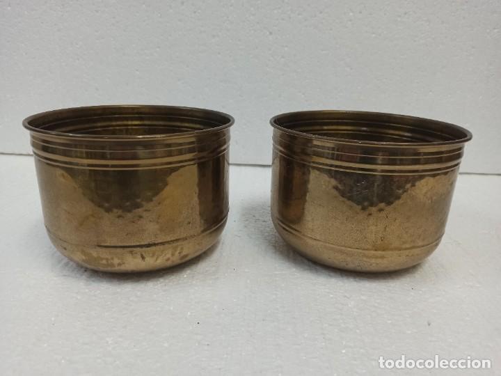 PAREJA DE MACETEROS DE LATÓN. CG1 (Antigüedades - Hogar y Decoración - Maceteros Antiguos)