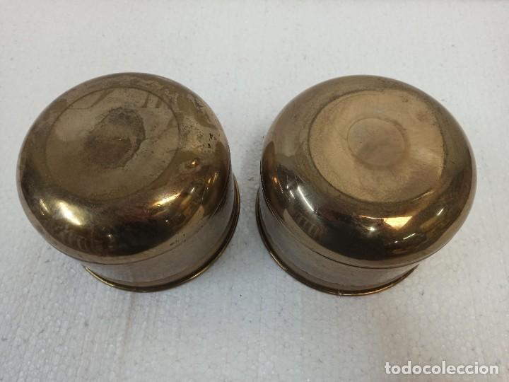 Antigüedades: Pareja de maceteros de latón. CG1 - Foto 6 - 223886181