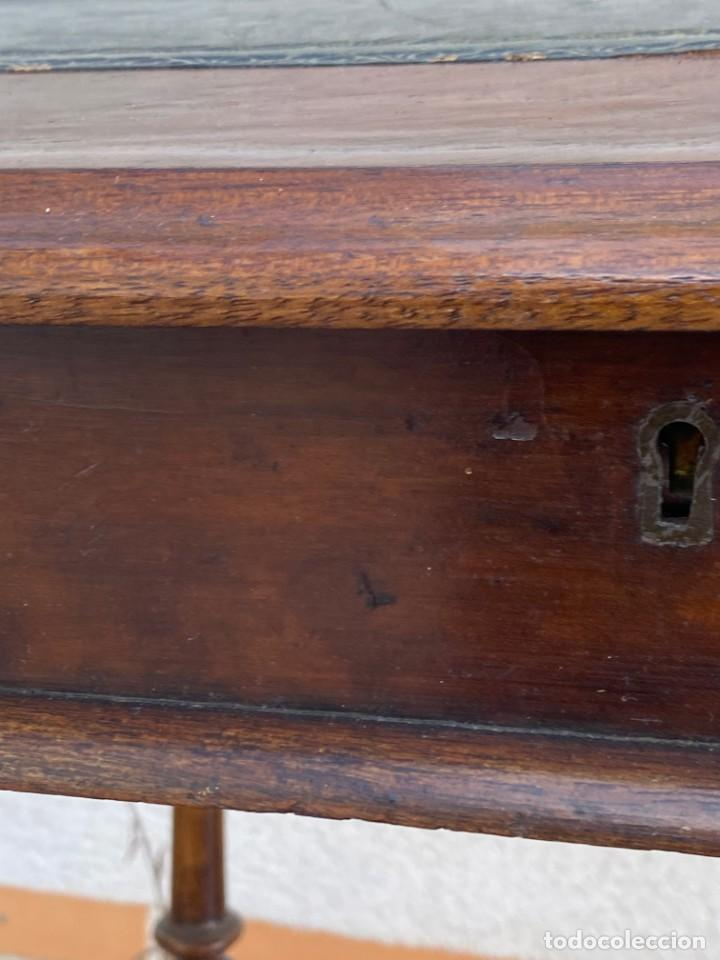 Antigüedades: MUEBLE AUXILIAR ESCRITORIO DAVENPORT INGLES TAPA ABATIBLE 82X52X46CMS - Foto 16 - 223897722