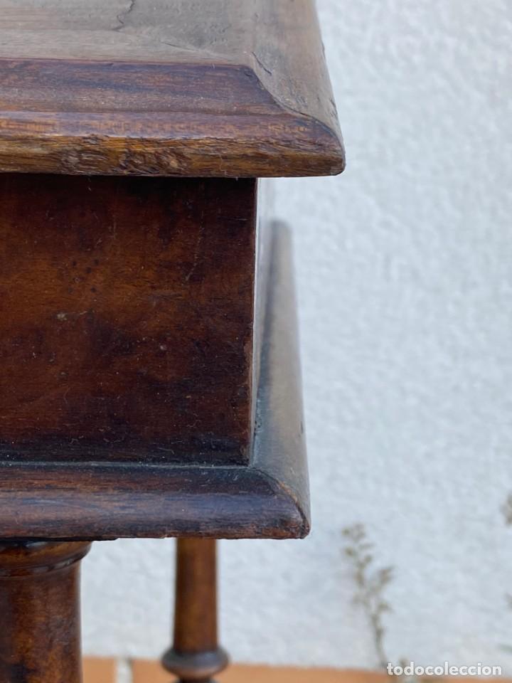 Antigüedades: MUEBLE AUXILIAR ESCRITORIO DAVENPORT INGLES TAPA ABATIBLE 82X52X46CMS - Foto 18 - 223897722