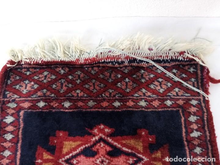 Antigüedades: Pequeño tapiz persa tejido a mano.lana pura - Foto 5 - 223931855
