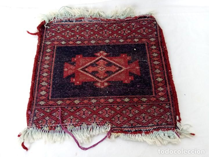 Antigüedades: Pequeño tapiz persa tejido a mano.lana pura - Foto 7 - 223931855