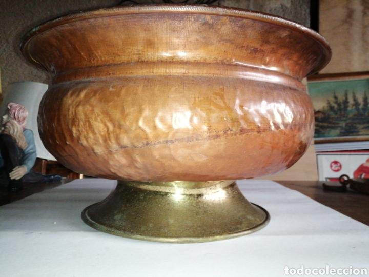 Antigüedades: Palangana o macetero en cobré y laton - Foto 6 - 223949447