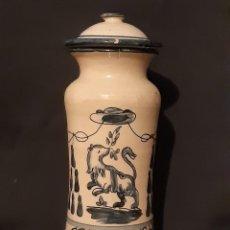 Antigüedades: ALBARELLO,BOTE FARMACIA CON TAPA. FIRMADO. SIGLO XX,. Lote 223953048