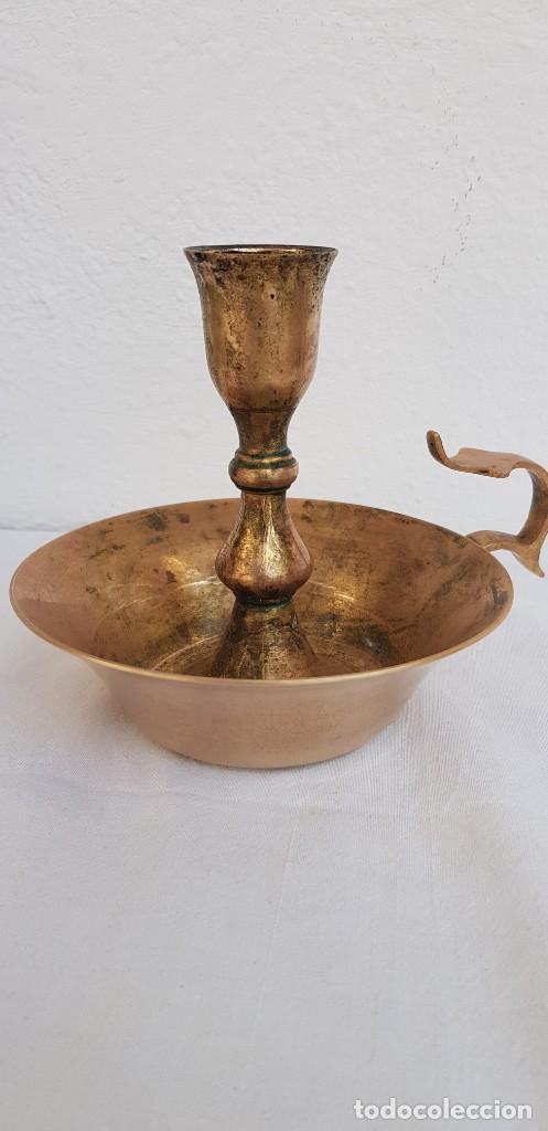 Antigüedades: INDIA-ANTIGUO PORTAVELAS DE latón - Foto 2 - 140884570