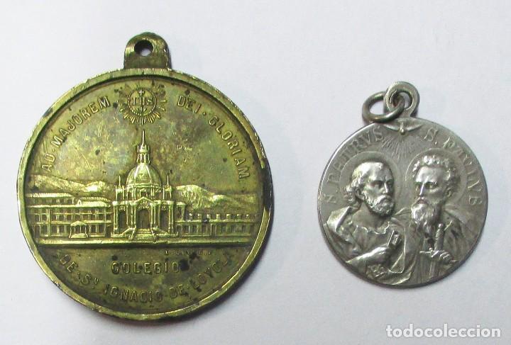 Antigüedades: DOS MEDALLAS: SAN IGNACIO DE LOYOLA Y EL SANTO PADRE BENEDICTO XV. LOTE 0146 - Foto 2 - 224022152