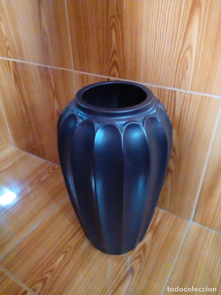 Antigüedades: enorme jarron florero - Foto 3 - 224162128