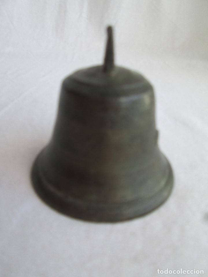 Antigüedades: CAMPANA DE BRONCE Nº 4 CON BADAJO ORIGINAL - BUEN SONIDO - Foto 3 - 224168067