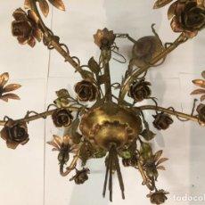 Antigüedades: LAMPARA EN HIERRO FORJADO DORADA - AÑOS 60 - FERROCOLOR. Lote 224193036