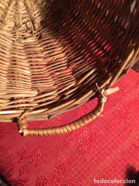 Antigüedades: Antiguo pequeño canasto / cesta de mimbre de los años 20-30 - Foto 5 - 224235982