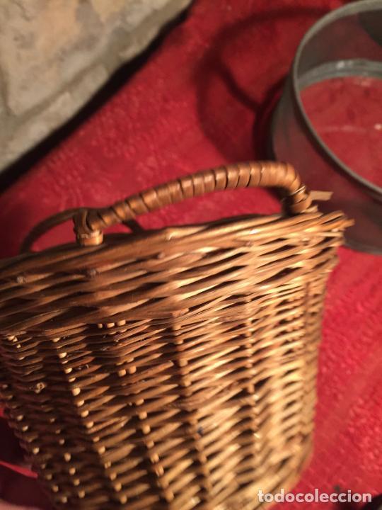 Antigüedades: Antiguo pequeño canasto / cesta de mimbre de los años 20-30 - Foto 6 - 224235982