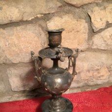 Antigüedades: ANTIGUO CANDELABRO DE CALAMINA CON PIÉ DE MARMOL NEGRO DEL SIGLO XIX. Lote 224236700