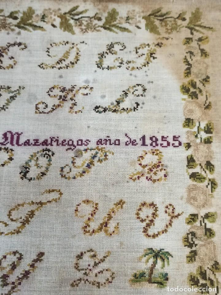 Antigüedades: Antiguo dechado o abecedario bordado. 1855. - Foto 3 - 224274458