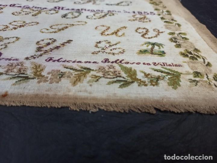 Antigüedades: Antiguo dechado o abecedario bordado. 1855. - Foto 4 - 224274458