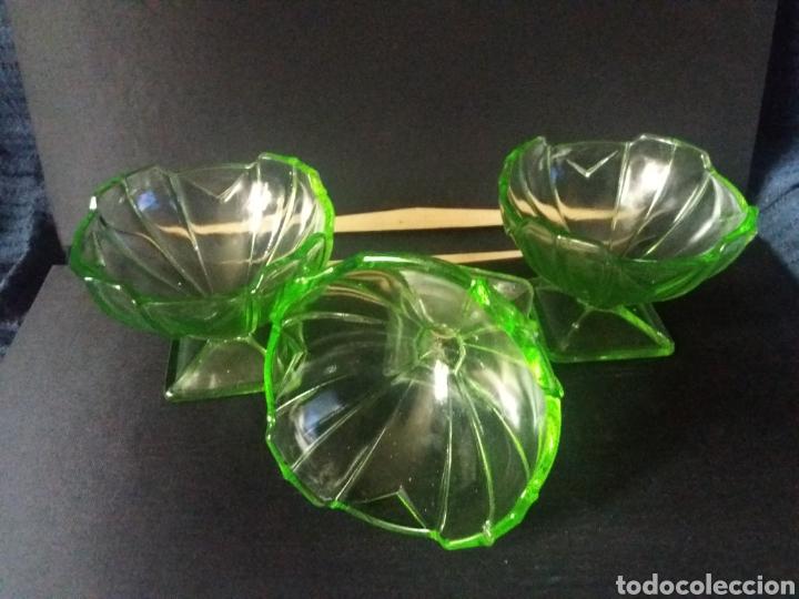 3 COPAS POSTRE CUENCOS FRUTEROS CRISTAL URALINO OURALINE GLASS URANIO ART DECO 30S VERDE 11CM (Antigüedades - Cristal y Vidrio - Santa Lucía de Cartagena)