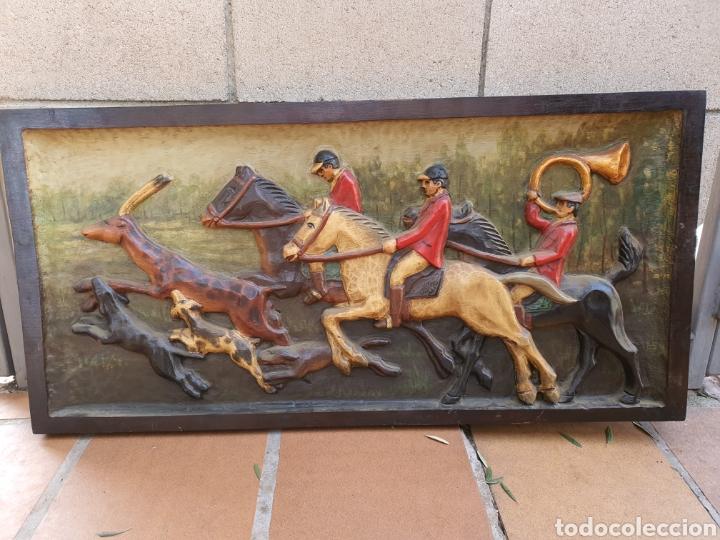 CUADRO MADERA TALLADA GRANDE (Antigüedades - Varios)