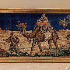 Antigüedades: TAPIZ ANTIGUO AFRICA. AÑOS 60. 105 X 58 CM. Lote 224488820