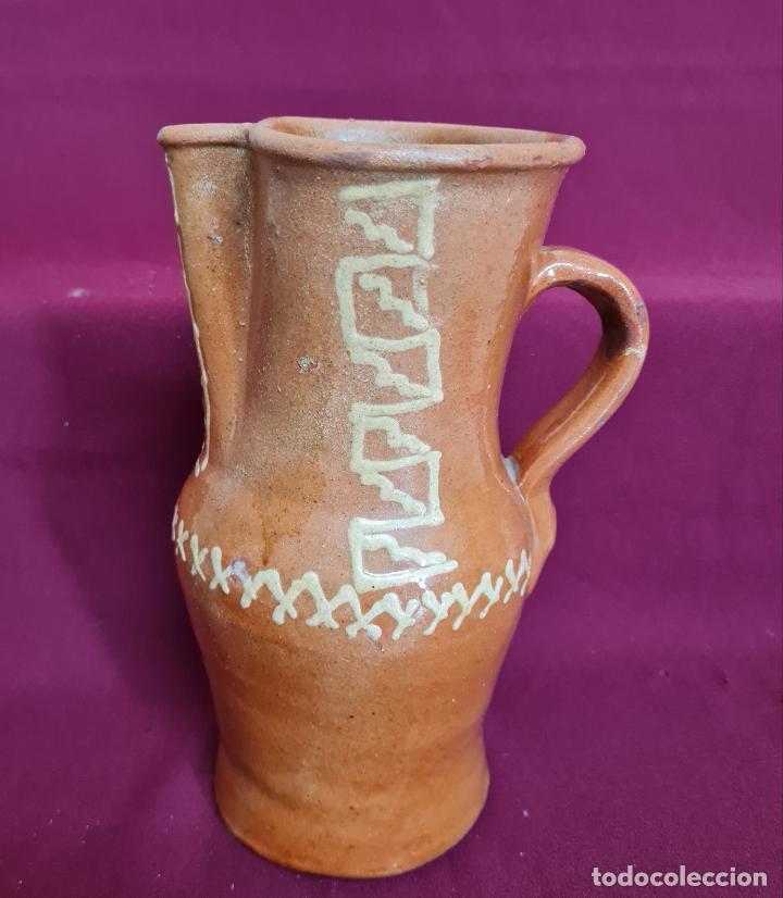 MAGNIFICO JARRO DE AGUA O VINO EN CERAMICA DE UBEDA,(JAEN),S. XIX-XX (Antigüedades - Porcelanas y Cerámicas - Úbeda)