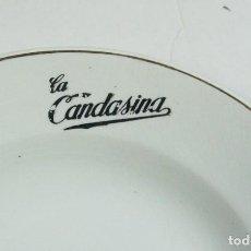 Antigüedades: PAREJA DE PLATOS DE LOZA DE SAN CLAUDIO CON PUBLICIDAD DE GASEOSA LA CANDASINA. CANDAS.. Lote 224580483