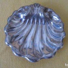 Antigüedades: PRECIOSO PLATILLO GALLONADO DE ALPACA PLATEADA. Lote 224711442