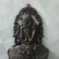 Antigüedades: BENDITERA ANTIGUA SAN FRANCISCO DE ASIS M.E METAL PLATEADO. Lote 224717713