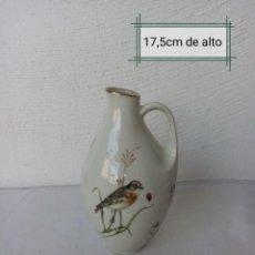 Antigüedades: BONITO JARRON DE PORCELANA MARCA ( BAVARIA) CON DETALLE DORADOS,PINTADO A MANO. Lote 224727576