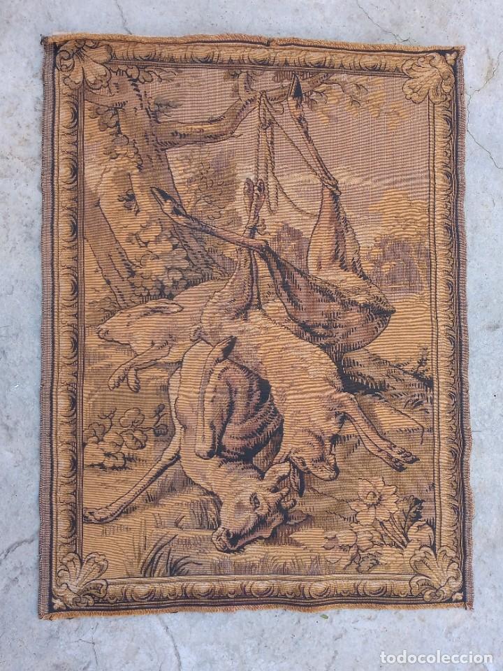 TAPIZ ANTIGUO- ALEGORIA DE LA CAZA (Antigüedades - Hogar y Decoración - Tapices Antiguos)