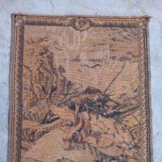 Antigüedades: TAPIZ ANTIGUO- ALEGORIA DE LA PESCA. Lote 224775230