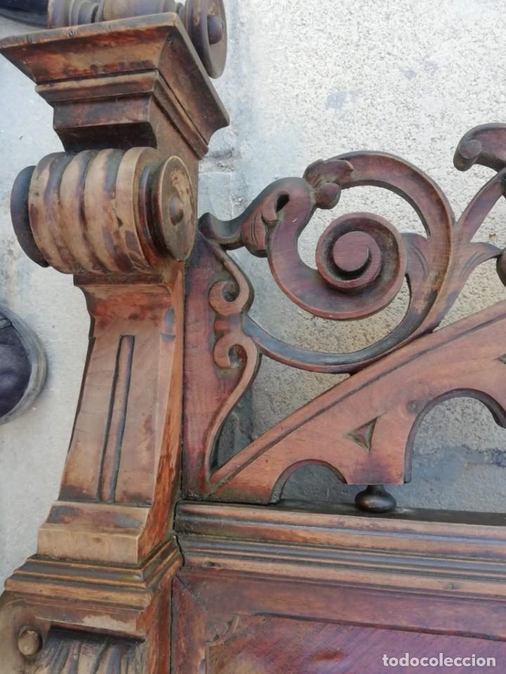Antigüedades: Antiguo espejo colonial, de madera maciza ,madera tallada,cristal biselado. - Foto 7 - 224791522