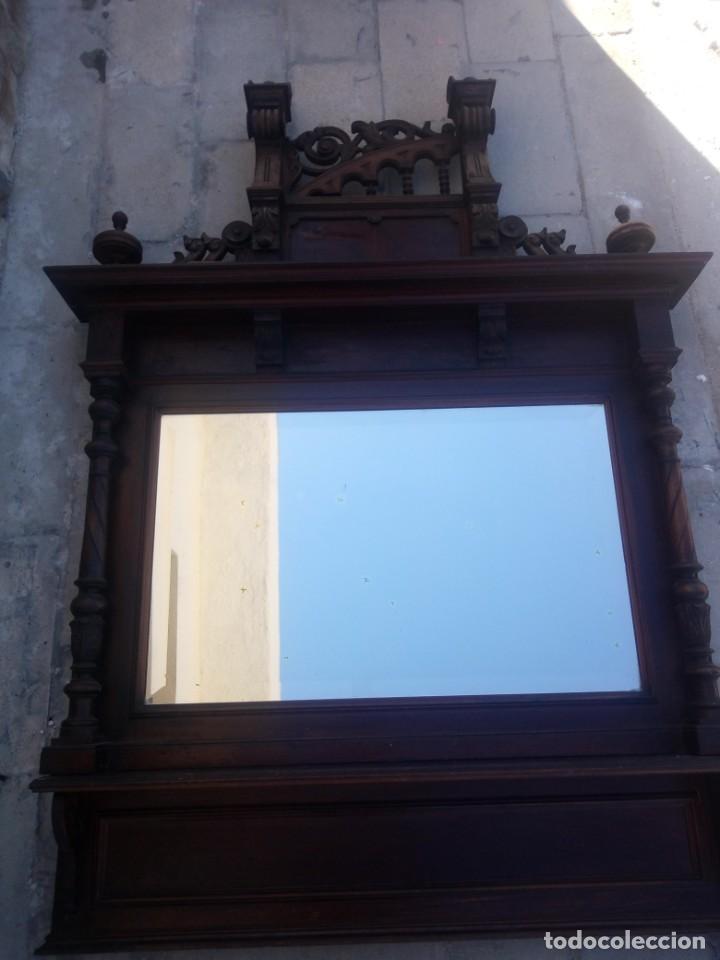 Antigüedades: Antiguo espejo colonial, de madera maciza ,madera tallada,cristal biselado. - Foto 12 - 224791522
