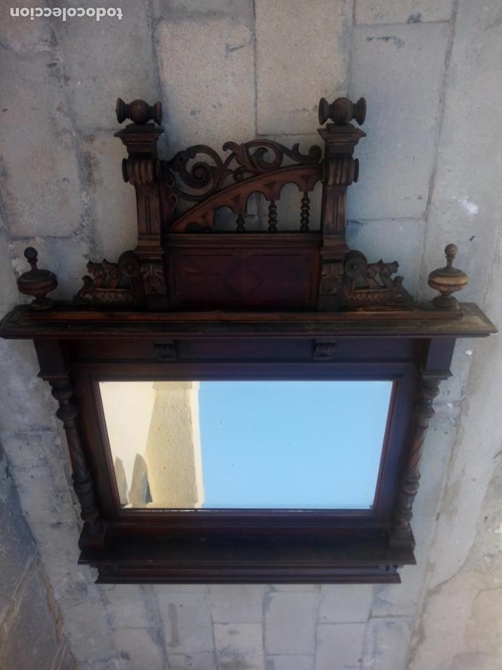 Antigüedades: Antiguo espejo colonial, de madera maciza ,madera tallada,cristal biselado. - Foto 14 - 224791522