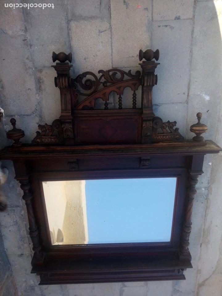 Antigüedades: Antiguo espejo colonial, de madera maciza ,madera tallada,cristal biselado. - Foto 15 - 224791522