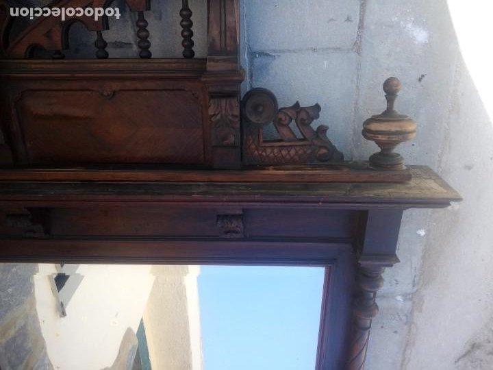 Antigüedades: Antiguo espejo colonial, de madera maciza ,madera tallada,cristal biselado. - Foto 17 - 224791522