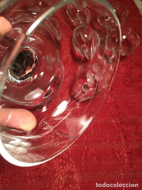 Antigüedades: Antiguo juego de 12 copa / copas de cristal soplado y tallado a mano para cava / champagne año 40-50 - Foto 13 - 224800515