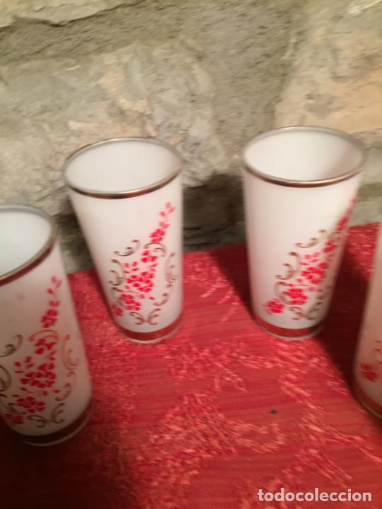 Antigüedades: Antiguo juego de 6 vaso / vasos de cristal prensado para licor año 50-60 - Foto 4 - 224800847