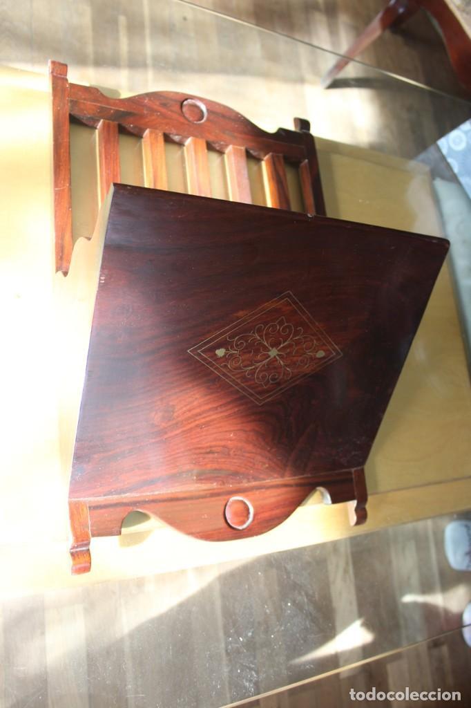 REVISTERO DE PARED (Antigüedades - Muebles Antiguos - Revisteros Antiguos)