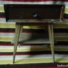 Antigüedades: MESITA DE NOCHE ESTILO ESCANDINAVO. Lote 224915137