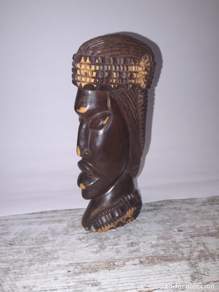 TALLA DE MADERA, CABEZA DE MUJER ETNICA. (Antigüedades - Hogar y Decoración - Figuras Antiguas)