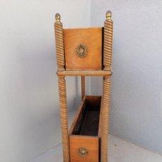 Antigüedades: ANTIGUA JARDINERA EN MADERA. Lote 224979135