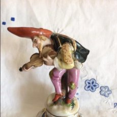 Antigüedades: FIGURA EN PORCELANA ILMENAU ,TROVADOR. Lote 225054210