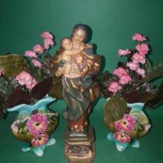 Antigüedades: PRECIOSA Y ANTIGUA PAREJA GUARNICION PARA IMAGEN RELIGIOSA PP.SG.XX. BUCAROS. Lote 225061020