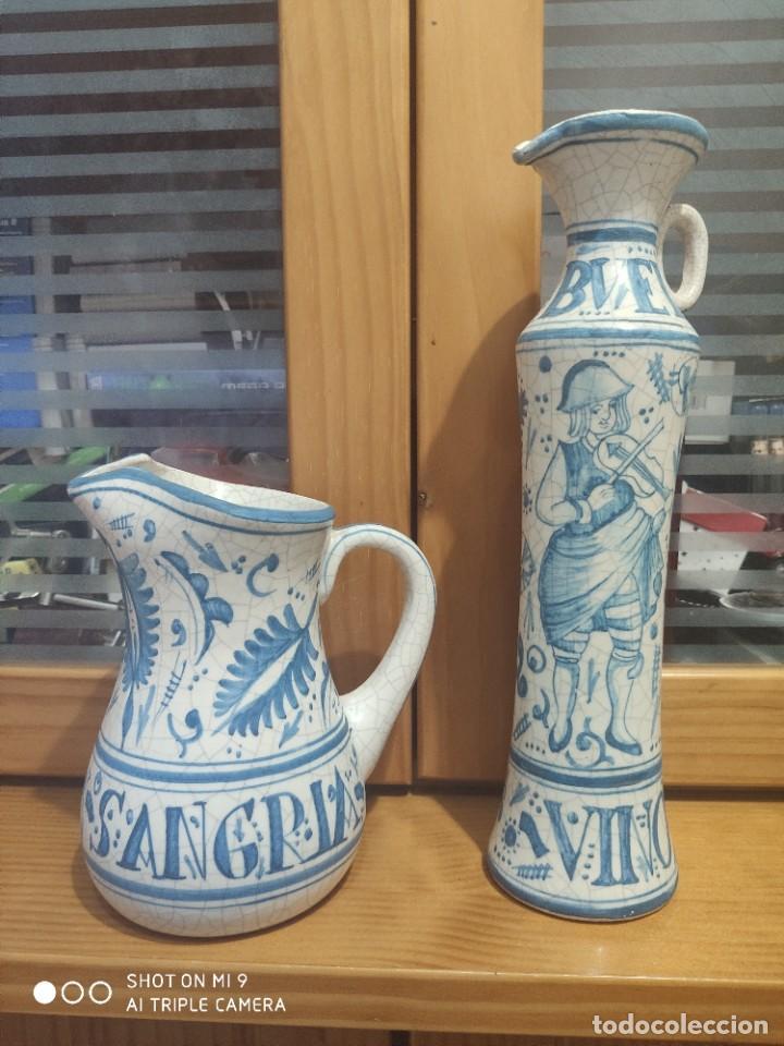 PRECIOSOS JARRONES DE VINOS SANGRÍA DE MANISES, BENLLOCH ESPAÑA. (Antigüedades - Porcelanas y Cerámicas - Manises)