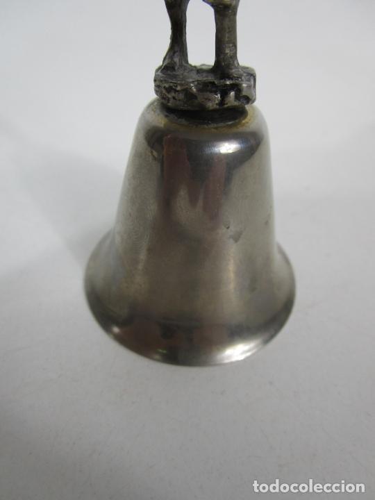 Antigüedades: Bonita Campanilla, Llamador - Metal Plateado - Pescador - Foto 2 - 225163512