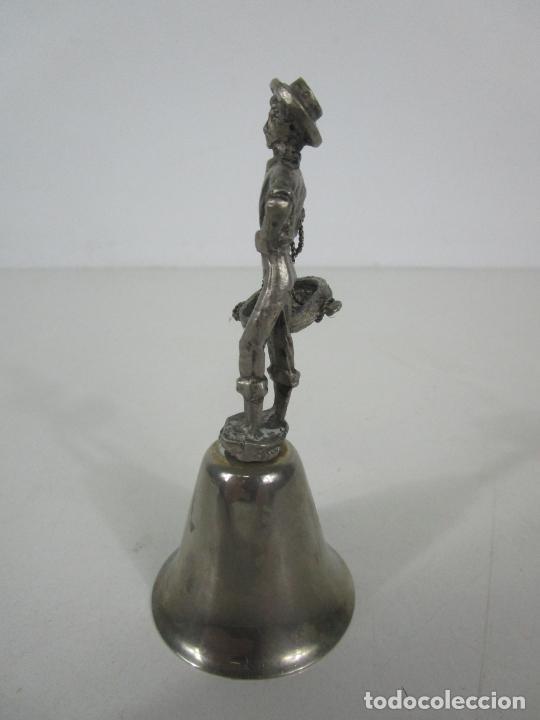Antigüedades: Bonita Campanilla, Llamador - Metal Plateado - Pescador - Foto 8 - 225163512