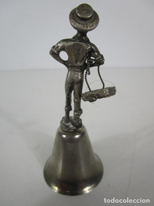 Antigüedades: Bonita Campanilla, Llamador - Metal Plateado - Pescador - Foto 9 - 225163512