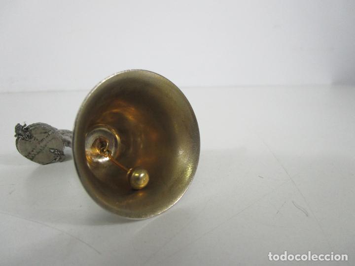 Antigüedades: Bonita Campanilla, Llamador - Metal Plateado - Pescador - Foto 11 - 225163512