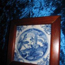Antigüedades: AZULEJO ENMARCADO PAISAJE BLANCO Y AZUL. Lote 225174495