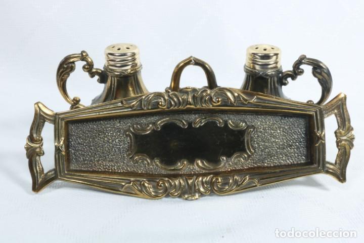 Antigüedades: Antigua pareja de salero y pimentero con bandeja de origen frances - Danex - Foto 8 - 225208208