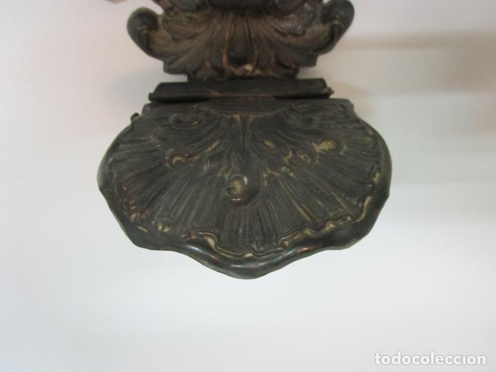 Antigüedades: Preciosa Benditera, Pila - Plata de Ley - con Angelitos - Talla en Espuma de Mar - S. XVIII - Foto 6 - 225249775