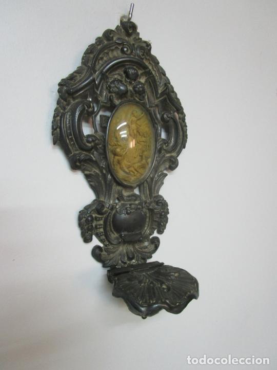 Antigüedades: Preciosa Benditera, Pila - Plata de Ley - con Angelitos - Talla en Espuma de Mar - S. XVIII - Foto 10 - 225249775